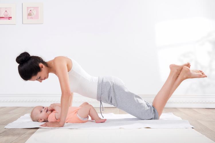 Hacer ejercicio después del parto b9b5e299df9b