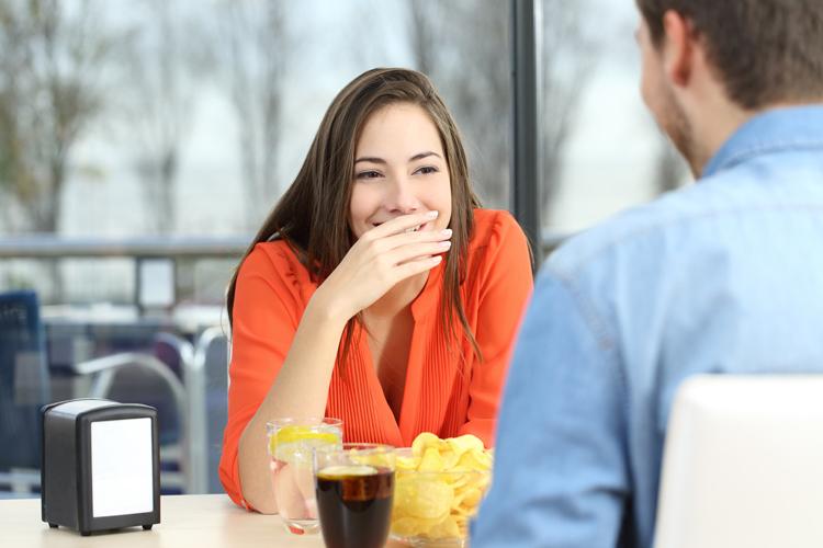 Qué alimentos debes evitar si llevas 'brackets'