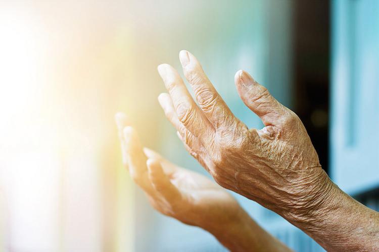 10 Beneficios de la estimulación multisensorial en personas con Alzheimer