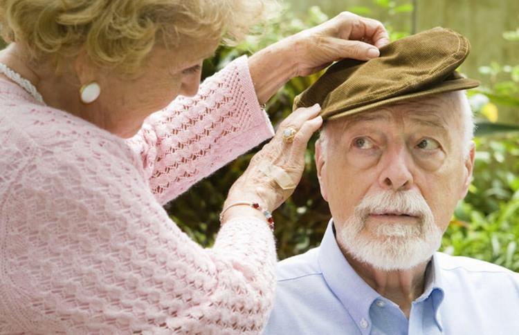 síntomas de Alzheimer de inicio joven