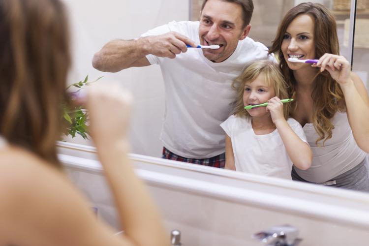 ¿Qué características tiene el cepillo de dientes ideal?