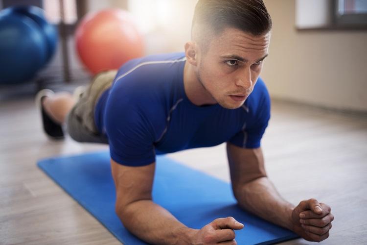 evitar agujetas con la vuelta al gimnasio