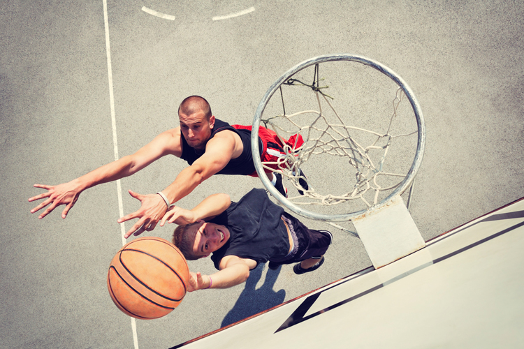 Protectores bucales: por qué deberían ser obligatorios en deportes de contacto físico